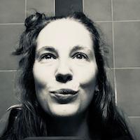 Simone Zillhardt_200